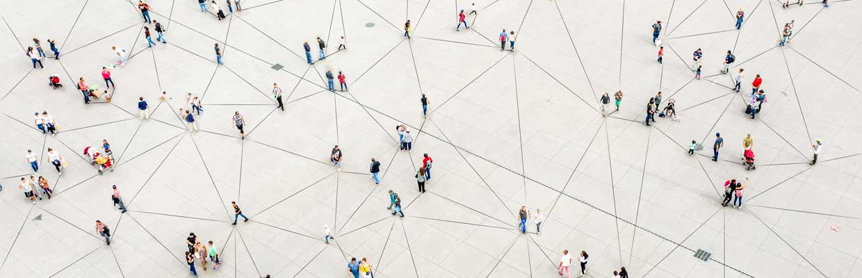 HIgh view of people on street; image used for HSBC Foreign Stock page.